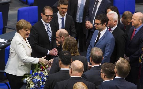 Glückwünsche für die neue, alte Kanzlerin – auch von Martin Schulz (SPD)