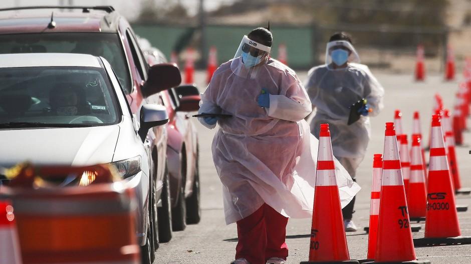 Auch eine Drive-in-Teststation gibt es in El Paso, mehr als 30.000 Menschen sind in der texanischen Stadt inzwischen an Corona erkrankt.