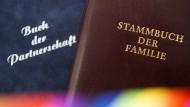 Ehe für alle: Was lässt das Gesetz zu?