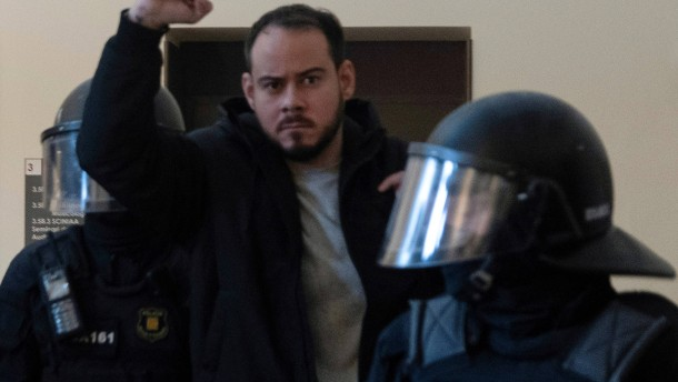 Spanischer Rapper Pablo Hasel verhaftet