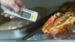Foodwatch: Personalmangel verhindert Lebensmittelkontrollen