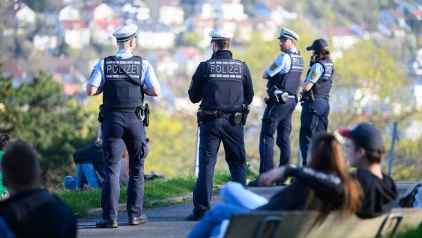 Auf Corona-Streife mit der Polizei