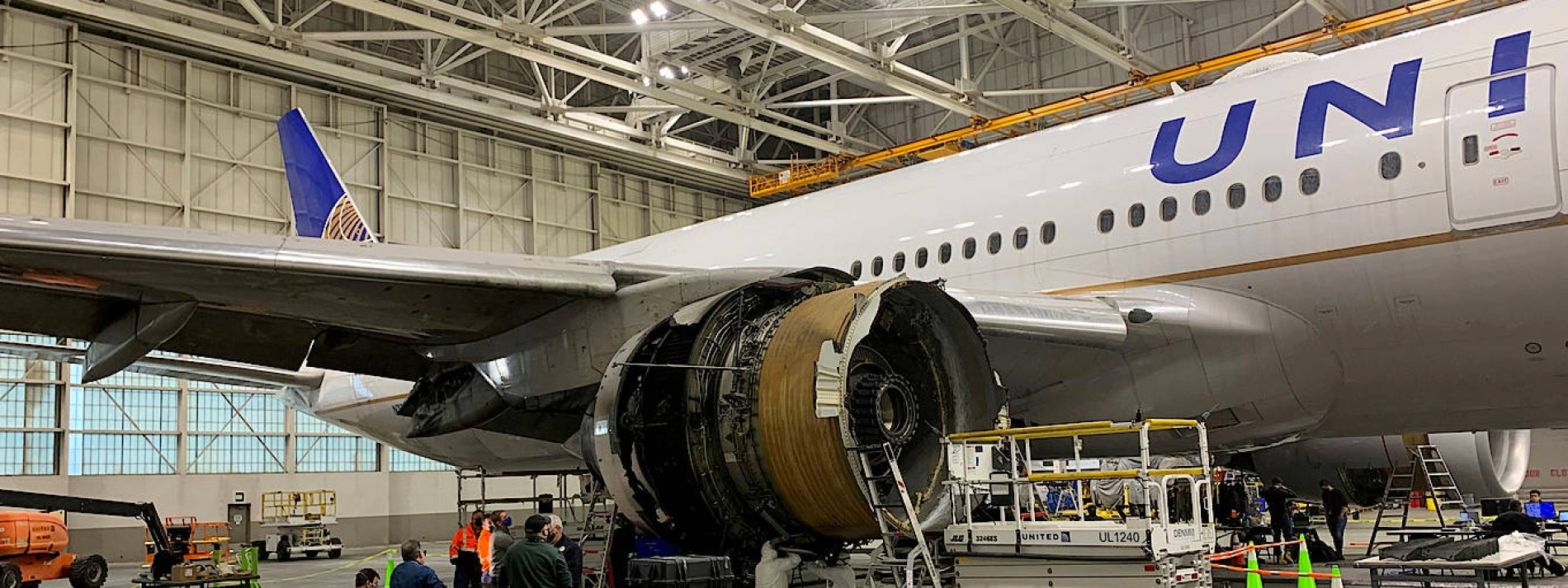 Boeing 777 muss in Moskau notlanden