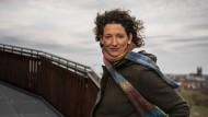 Antje Buschschulte, ehemalige Weltklasseschwimmerin und Kandidatin für die Grünen bei der Landtagswahl in Sachsen-Anhalt, im Elbauenpark in Magdeburg.