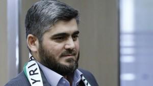 Chefunterhändler der Opposition tritt zurück