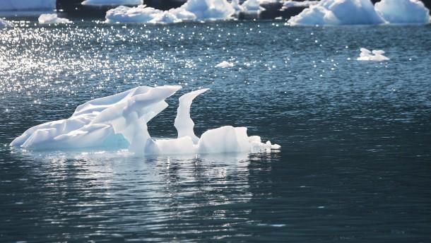 Meereis in der Arktis schmilzt immer stärker