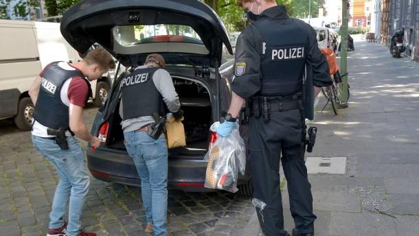 Mehr als 600 Strafverfahren nach Razzia in Frankfurt