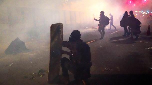 Portlands Bürgermeister von Tränengas getroffen