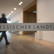 Seit 1970 haben in Hessen Regierungen unterschiedlichster Couleur Schulden aufgehäuft.