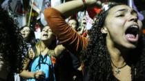 Protest gegen den Staatspräsidenten: Demonstranten in Rio de Janeiro.