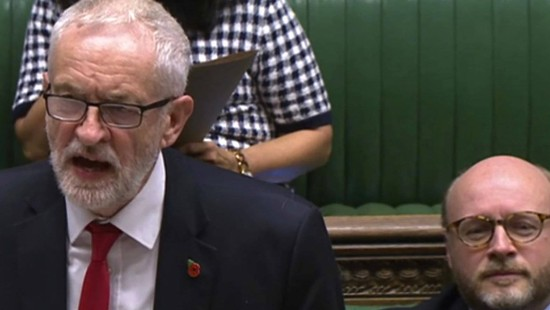 Labour-Chef Corbyn will für Neuwahlen stimmen
