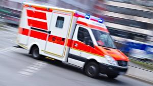 Rettungswagen verunglückt bei Krankentransport