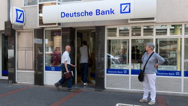 Deutsche Bank schließt 200 Filialen