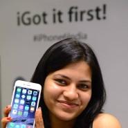 Damals war der Erfolg noch größer: Eine Kundin mit einem iPhone 6.