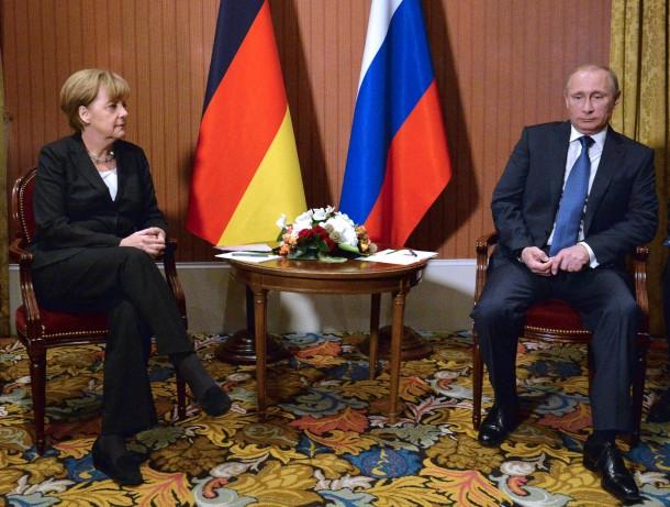 """Путин и Меркель обсудили ситуацию в Украине. Встреча проходила в """"прохладной обстановке"""" - Цензор.НЕТ 7750"""