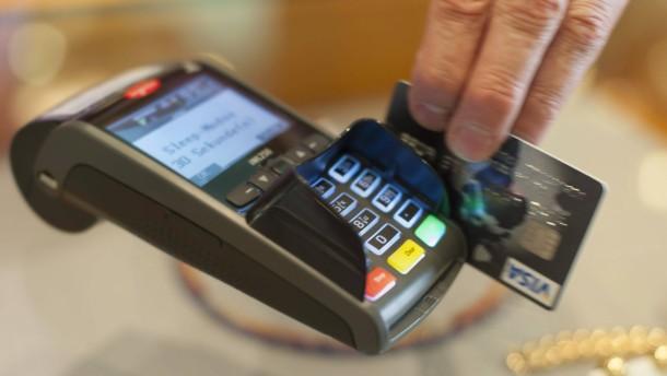 Kein Ersatz nach leichtsinniger Kartenzahlung auf Reeperbahn