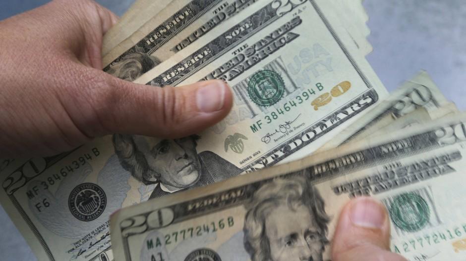 Amerikas Superreiche sind während der Corona-Pandemie noch reicher geworden: Zusammen besitzen sie ein Vermögen von mehr als vier Billionen Dollar.