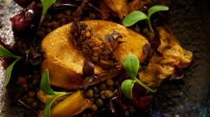 Guten Appetit: die natürliche Fettleber (hier auf Linsen) soll die traditionelle Stopfleber ersetzen.