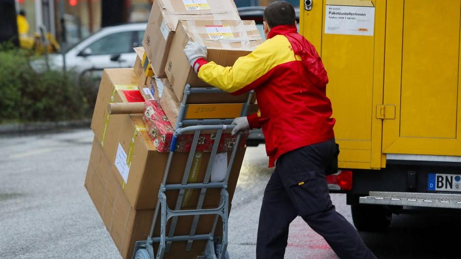 Paketbote im Einsatz