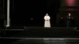 Papst begeht Kreuzwegprozession