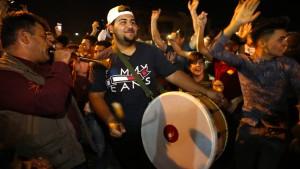 """Christen feiern Befreiung vom """"Islamischen Staat"""""""