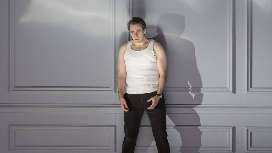 Gibt sich stimmlich keine Blöße: Benjamin Bernheim als Faust
