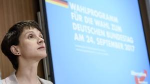 Frauke Petry verzichtet auf AfD-Spitzenkandidatur