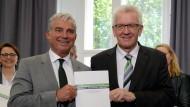 Grün-Schwarz plant Investitionen in Polizei und Bildung