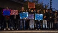 Familienmenschen: Flüchtlinge demonstrieren vor dem Bundesinnenministerium für den Familiennachzug.