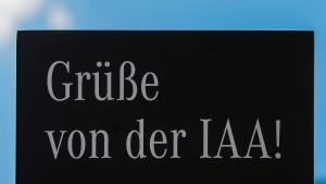 Der Dreikampf um die IAA