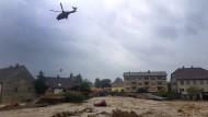 Reißende Fluten: Das niederbayerische Simbach ist vom Unwetter verwüstet worden.