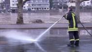 Hochwasser geht langsam zurück