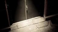 Die Hintertür ist eigentlich für vertraute Besucher reserviert. Aber auch ungewollte Gäste können sich hier Zugang verschaffen.