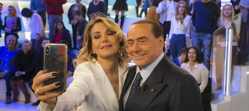 Silvio Berlusconi Italiener Sind Verrückt Geworden