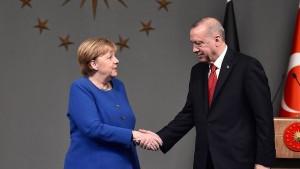 Merkel stellt Türkei weitere Flüchtlingshilfen in Aussicht