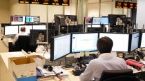 Handelsraum von BNP Paribas in Brüssel: Viele Bildschirme bestimmen den Arbeitsplatz.