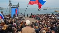 Autoritäres Regime: Fernseh-Ansprache des russischen Präsidenten Vladimir Putin