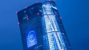 Banken und EZB geben sich gegenseitig Schuld an Misere