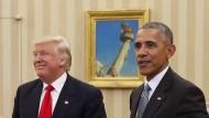 Der neue und der alte Präsident der Vereinigten Staaten: Donald Trump (l.) auf Antrittsbesuch im Weißen Haus bei Barack Obama