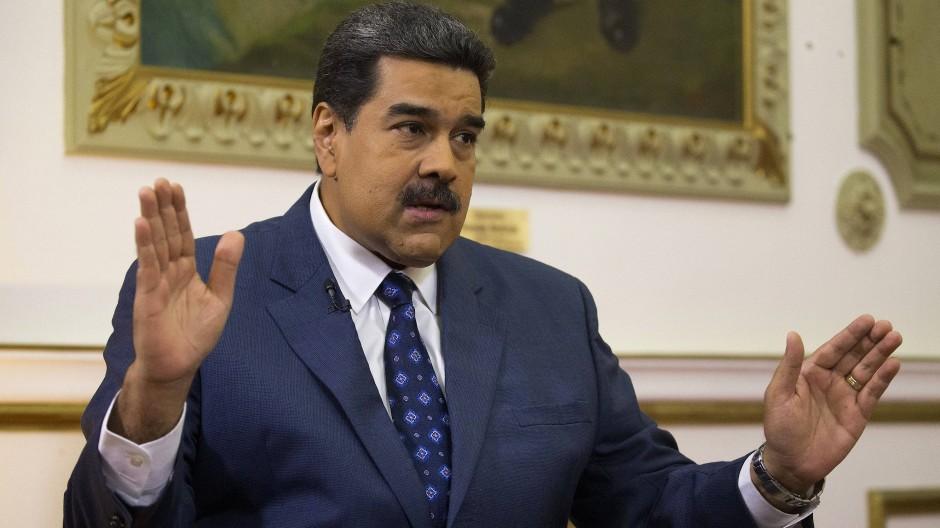 Am Montag unterzeichnete Präsident Nicolás Maduro ein Abkommen mit mehreren Oppositionsparteien.