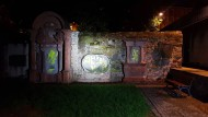 Rechtsextremistische Schmierereien auf Frankfurts ältestem Friedhof an der Peterskirche