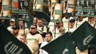 """""""Verstörend und erschreckend"""": Demonstranten am 1. Mai in Plauen"""