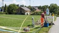 Auch ländliche Gegenden wie hier in Oberbayern sollen mit Glasfaserkabeln ausgestattet werden.