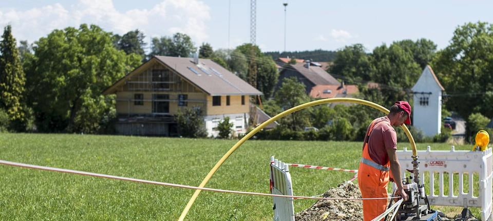 Regulierungen Sollen Weg Für Glasfaserleitung Ebnen