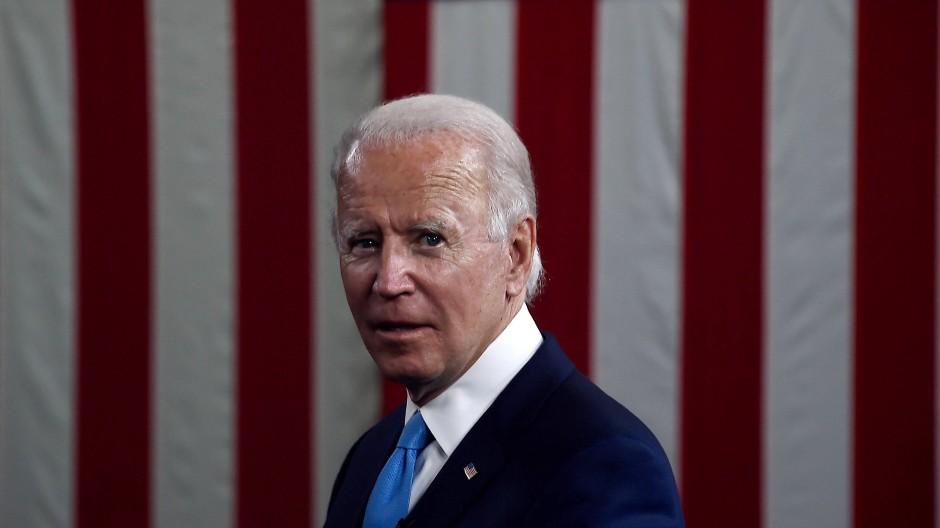 Joe Biden fordert Donald Trump im Herbst heraus. Doch wer hat in der Wirtschaft die Nase vorn?
