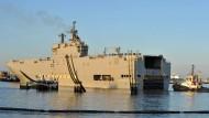 Paris sagt Lieferung von Kriegsschiff an Russland ab