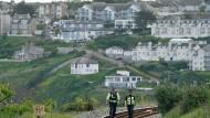 Polizisten in Cornwall vor dem G7-Gipfel, der am 11. Juni beginnt