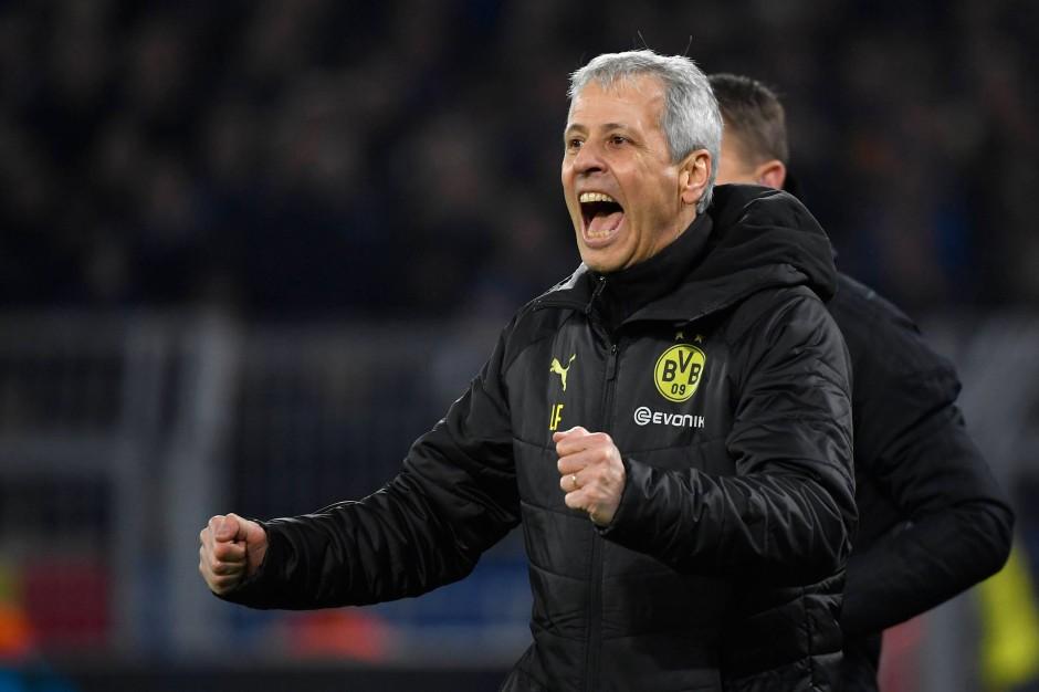 Dortmunds Trainer Lucien Favre musste seine Mannschaft im Spiel gegen Paderborn verbal von der Seitenlinie antreiben – offenbar wurde er gehört.