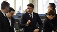 Kritik an Matteo Renzis Verbindungen zu mächtigen Unternehmern wird immer lauter.