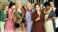 """Video-Kritik: Deneuve, Huppert, Béart in """"8 Frauen"""""""
